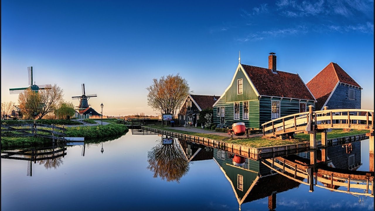 Zaanse Schaans - the village feel.