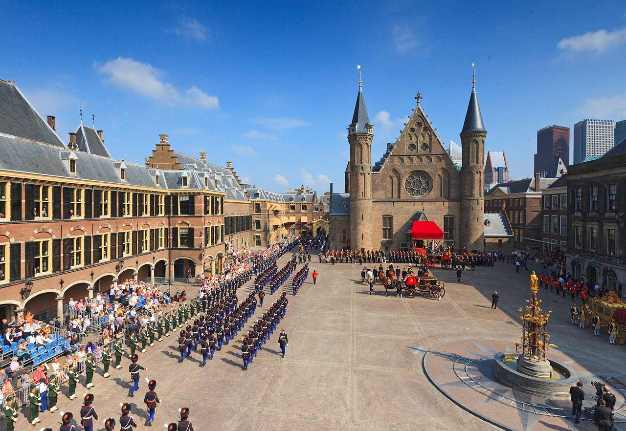 Het Binnenhof by day
